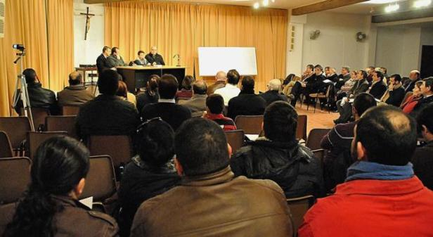 conferencia_Como-_participar-_en-_la-_Eucaristia_Sacramento_de_nuestra_Fe
