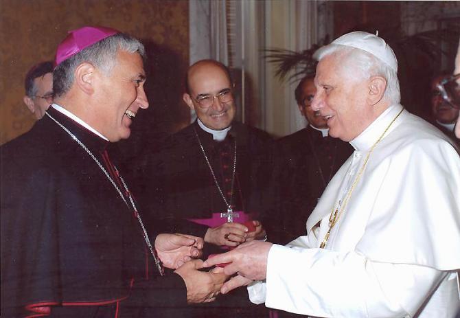 Rafael-Zornoza-y-Benedicto-XVI