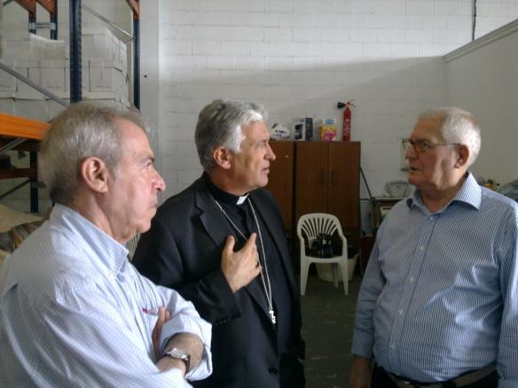 El obispo de Cádiz y Ceuta en el Banco de Alimentos de la Zona Franca
