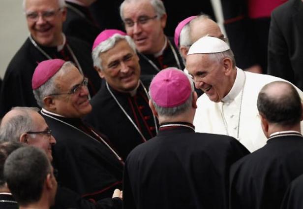 obispo_con_papa_francisco