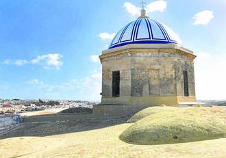 Vista de la cubierta de la Iglesia Mayor, tras las actuaciones que se han llevado a cabo. Foto: Diario de Cádiz
