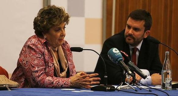 La periodista Paloma Gómez Borrero junto al director de LA VOZ, Ignacio Moreno Bustamante. | F. JIMÉNEZ